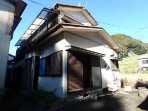 千葉県鴨川市内浦の古家付売地 海近で釣りの拠点や賃貸など 南総ユニオン株式会社 海近の古家付売地です