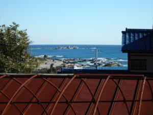 鴨川市の中古住宅 海が見える売家 南総ユニオン株式会社 近隣からの撮影です
