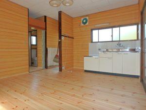 千葉県鴨川市の売別荘 南房総の中古住宅 南総ユニオン株式会社 DKは8帖程の広さです