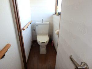 千葉県南房総市千代の中古住宅 南房総の田舎暮らし 南総ユニオン株式会社 2階のトイレです