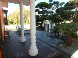 館山市の中古住宅 南房総の別荘 南総ユニオン株式会社 庭を見てみます