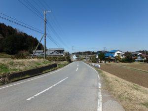 千葉県君津市向郷の売地 房総の広い売地 南総ユニオン株式会社 市道のようす