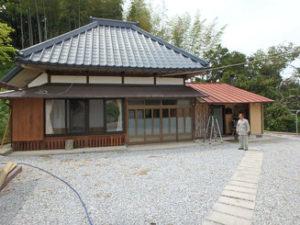 館山市郊外の山林付き古民家を購入
