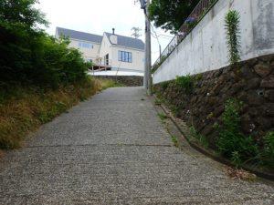 千葉県鴨川市の不動産 鴨川の別荘 南総ユニオン株式会社 南側を見ています