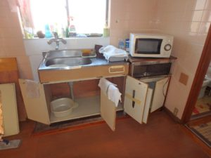 千葉県富津市萩生の売家 富津の中古住宅 海近の家 南総ユニオン株式会社 キッチンは変えたいかな