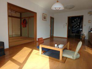 千葉県館山市布沼の中古住宅 南房総の別荘 戸建て 6帖の和室を隣接します