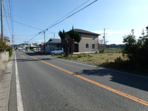千葉県南房総市本織の土地 南房総の不動産 田舎暮らし用地 接道は県道になります