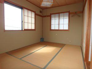 千葉県館山市布沼の中古住宅 南房総の別荘 戸建て 2階の和室です