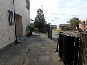 千葉県館山市布沼の中古住宅 南房総の別荘 戸建て 駐車は1台分かな
