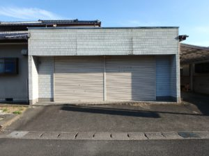 千葉県南房総市上滝田の中古住宅 南房総の不動産 お店付物件 趣味のガレージとしても