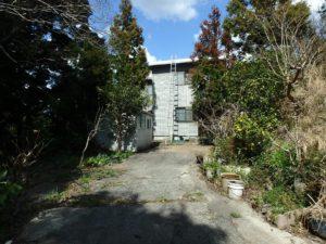 千葉県南房総市千倉町川戸の土地、上物付き 山の中にポツンと一軒家 母屋を見てみましょう