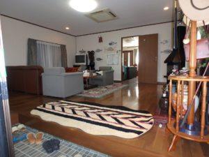 千葉県南房総市千倉町川戸の土地、上物付き 山の中にポツンと一軒家 各居室が広い