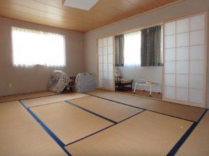 千葉県南房総市千倉町川戸の土地、上物付き 山の中にポツンと一軒家 贅沢な部屋です