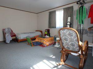 千葉県南房総市千倉町川戸の土地、上物付き 山の中にポツンと一軒家 お隣の洋室