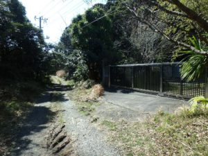 千葉県南房総市千倉町川戸の土地、上物付き 山の中にポツンと一軒家 オートゲートですよ