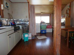 千葉県南房総市和田町仁我浦の中古住宅 南房総の物件 海の近く 西側にダイニングキッチン