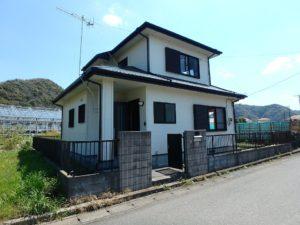 千葉県安房郡鋸南町元名の中古物件 道の駅保田小学校近く 建物の状態良好です