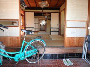 千葉県南房総市和田町仁我浦の中古住宅 南房総の物件 海の近く 懐かしい雰囲気の室内です