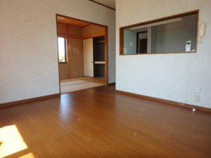 千葉県安房郡鋸南町元名の中古物件 道の駅保田小学校近く 隣接して和室がある