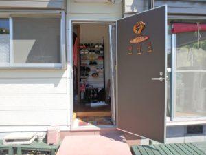 千葉県館山市波左間の別荘物件 南房総の中古住宅 海近くの不動産 室内に入ってみましょう