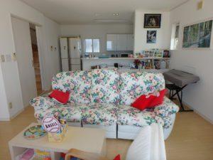 千葉県南房総市白浜町 海一望の物件 海が見える別荘 おしゃれな家 海が見える対面式キッチン