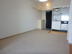 千葉県鴨川市東江見のリゾートマンション、鴨川の不動産、南房総の海が見える物件 きれいな室内です