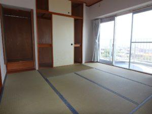 千葉県鴨川市東江見のリゾートマンション、鴨川の不動産、南房総の海が見える物件 バルコニー側は和室