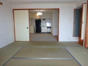 千葉県鴨川市東江見のリゾートマンション、鴨川の不動産、南房総の海が見える物件 和室は8帖