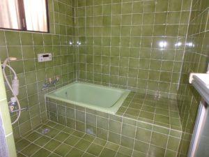 千葉県館山市国分の中古物件 南房総の不動産 館山市の移住田舎暮らし物件 1坪タイプの浴室