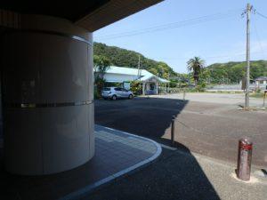 千葉県鴨川市東江見のリゾートマンション、鴨川の不動産、南房総の海が見える物件 そこに見えるのは江見駅です