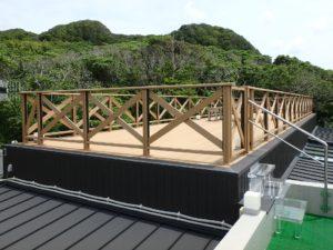 千葉県館山市坂井の豪華高級別荘 海一望の物件 館山の海が見える中古 東側建物の屋上ゾーンです