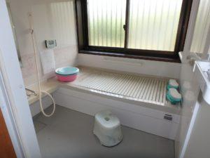千葉県館山市の不動産 中古住宅 海が見える物件 田舎暮らし 浴室は数年前にリフォーム