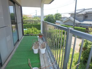 千葉県館山市長須賀の中古住宅 館山の不動産 こんな感じのバルコニーです