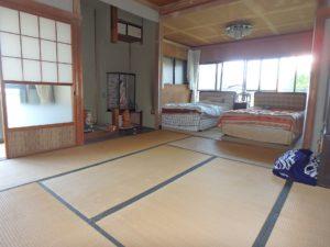 千葉県館山市長須賀の中古住宅 館山の不動産 南側にはバルコニー