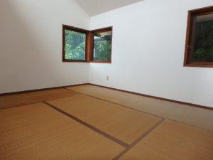 千葉県館山市館山の不動産 中古住宅 館山の別荘 ロフトは6帖の畳敷き