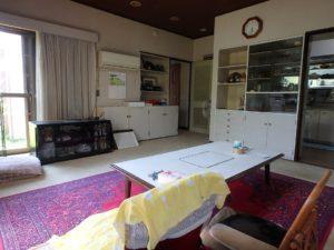 千葉県館山市長須賀の中古住宅 館山の不動産 リビングは11帖半です