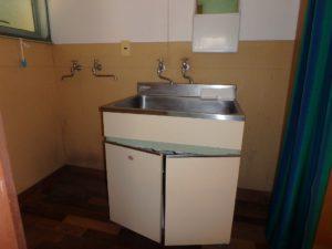 千葉県館山市館山の不動産 中古住宅 館山の別荘 レトロな洗面ですね