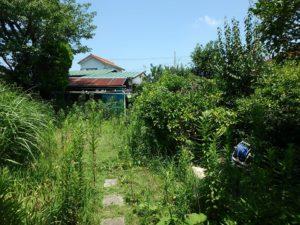 千葉県館山市長須賀の中古住宅 館山の不動産 南北に長い敷地です