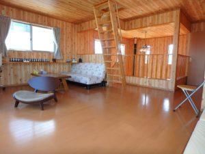 千葉県館山市加賀名ポピーランドの別荘 海一望の物件 海が見える不動産 ゆっくりち出来そうな部屋