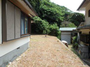千葉県館山市館山の不動産 中古住宅 館山の別荘 建物周りを見てみましょう