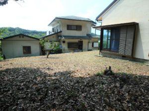 千葉県館山市館山の不動産 中古住宅 館山の別荘 庭造りも楽しめますね