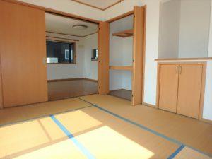 千葉県館山市正木の不動産 館山の中古戸建物件 南房総移住 広い収納で助かります