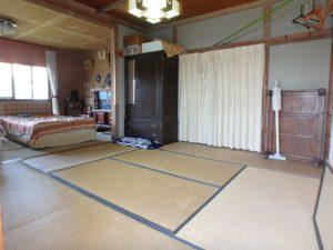 千葉県館山市長須賀の中古住宅 館山の不動産 2階は8帖和室と7帖半洋室