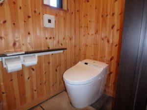 千葉県館山市水岡の古民家 館山田舎暮らし物件 館山の不動産 トイレは新設したようです