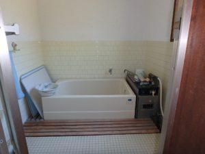 千葉県安房郡鋸南町下佐久間の不動産 アルカディアの物件 海一望の別荘 懐かしいお風呂!