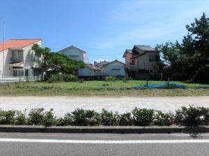 千葉県館山市北条海岸 海が見える土地 海沿い、海前の物件・不動産 海側の間口が広い地型です