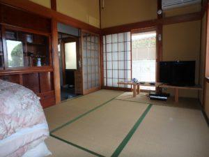 千葉県館山市亀ヶ原の不動産 田舎暮らし物件 日本家屋 東側の和室です