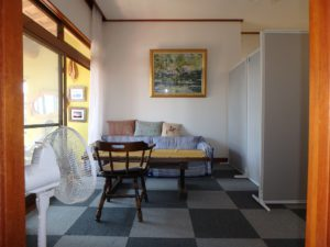 千葉県館山市亀ヶ原の不動産 田舎暮らし物件 日本家屋 玄関西側は洋間と広縁