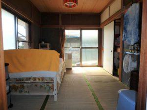 千葉県鴨川市江見吉浦の不動産 中古住宅 海そばの物件 DK南側隣接の和室