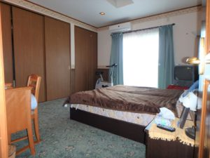 千葉県館山市浜田の不動産 海が見える別荘 海一望の物件 1階一番奥の主寝室